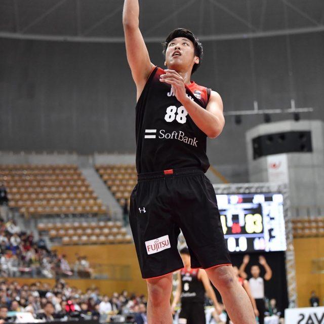 出場機会を得た#88 張本 天傑選手(名古屋ダイヤモンドドルフィンズ)